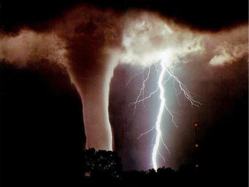 Quien siembra vientos, recoge tempestades